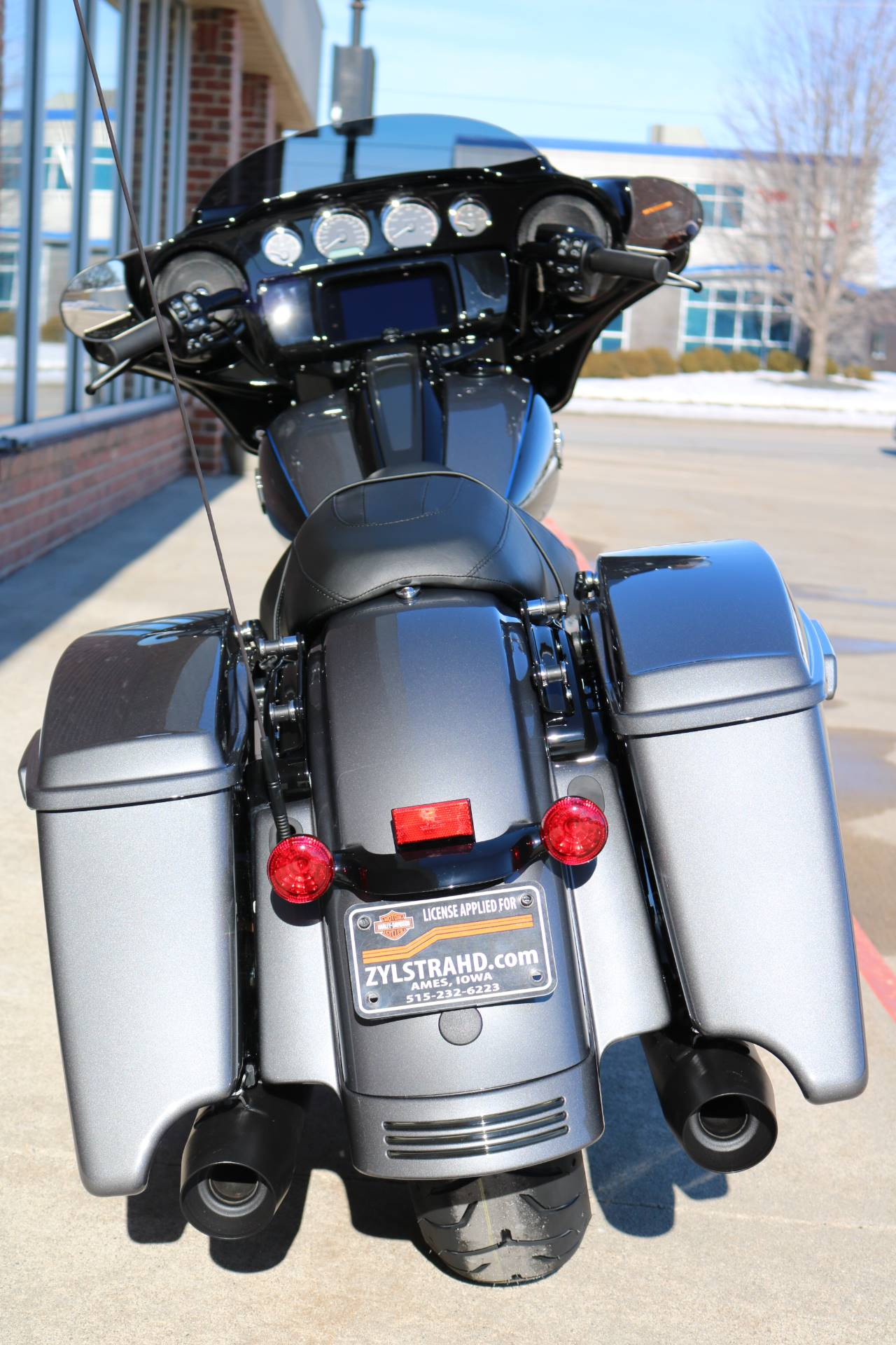 2021 Harley-Davidson Street Glide® Special in Ames, Iowa - Photo 17