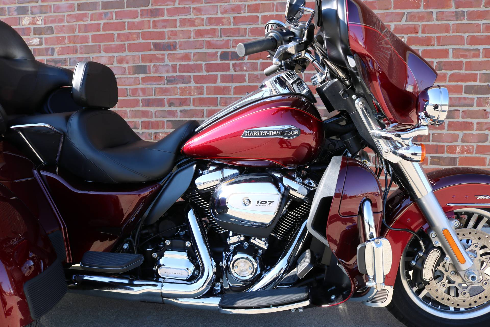 2017 Harley-Davidson Tri Glide® Ultra in Ames, Iowa - Photo 3