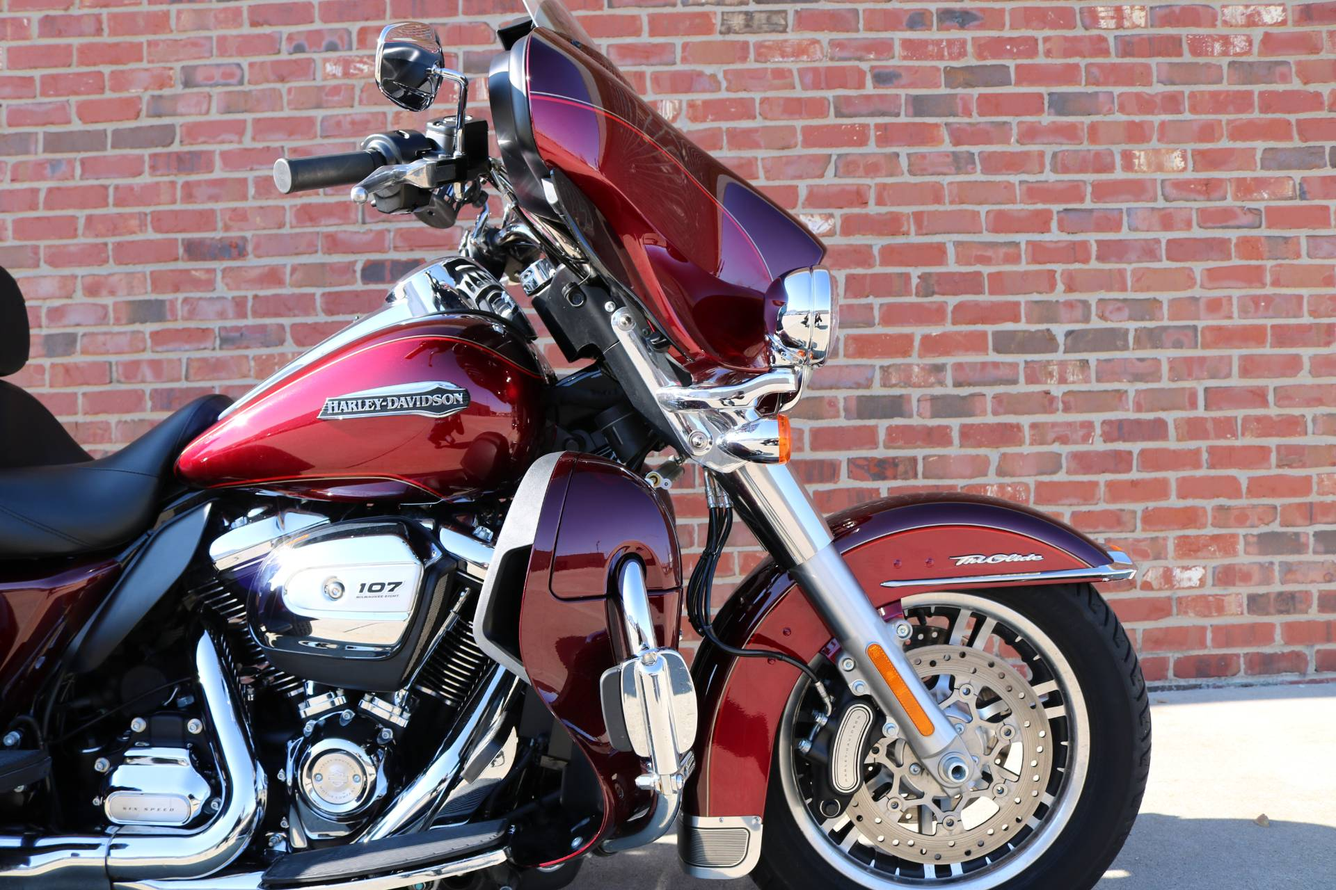 2017 Harley-Davidson Tri Glide® Ultra in Ames, Iowa - Photo 5