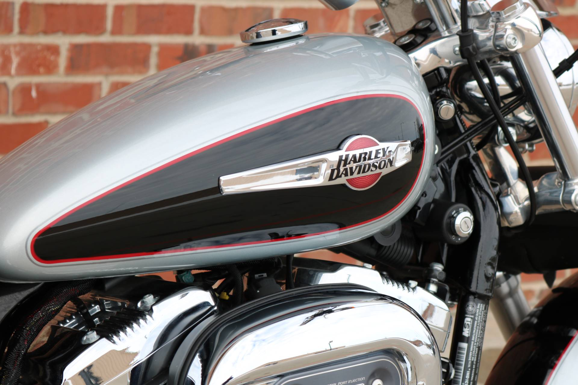2015 Harley-Davidson 1200 Custom in Ames, Iowa - Photo 11