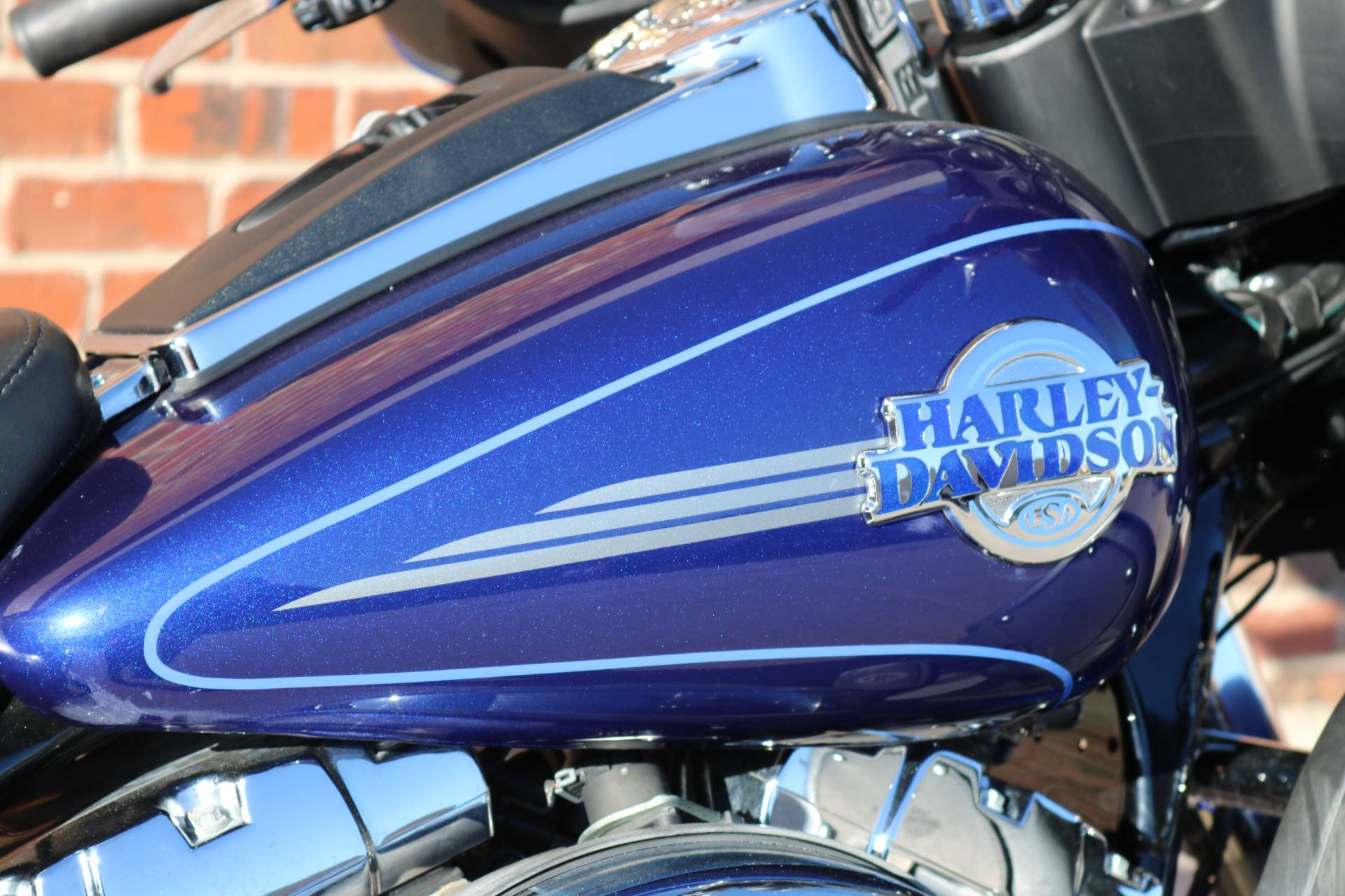 2006 Harley-Davidson Ultra Classic® Electra Glide® in Ames, Iowa - Photo 7