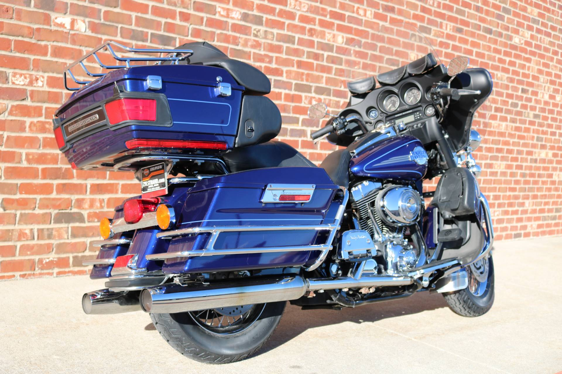 2006 Harley-Davidson Ultra Classic® Electra Glide® in Ames, Iowa - Photo 10