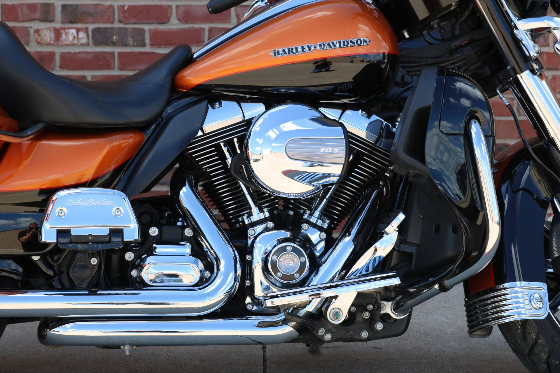 2015 Harley-Davidson Ultra Limited in Ames, Iowa - Photo 3