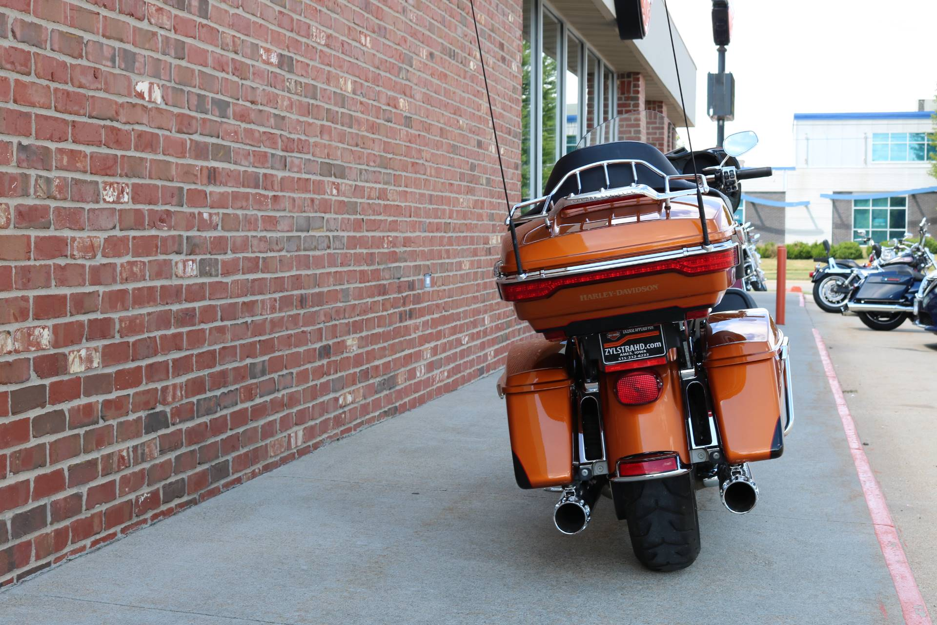 2015 Harley-Davidson Ultra Limited in Ames, Iowa - Photo 10