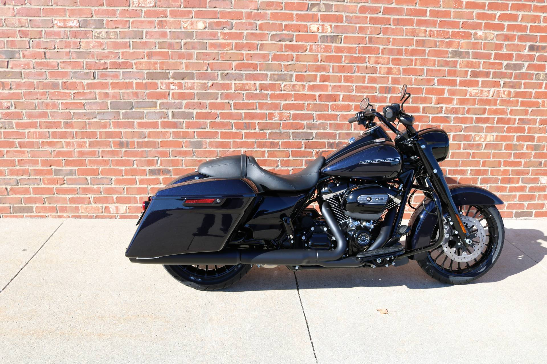 2019 Harley-Davidson Road King® Special in Ames, Iowa - Photo 4