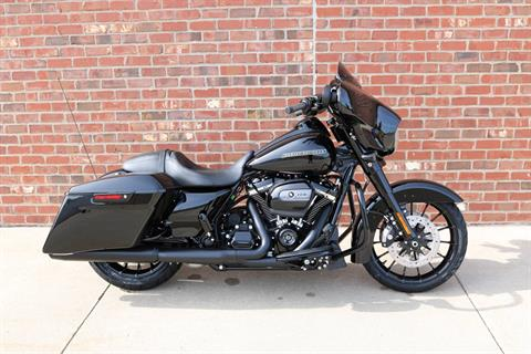 2019 Harley-Davidson Street Glide® Special in Ames, Iowa - Photo 5