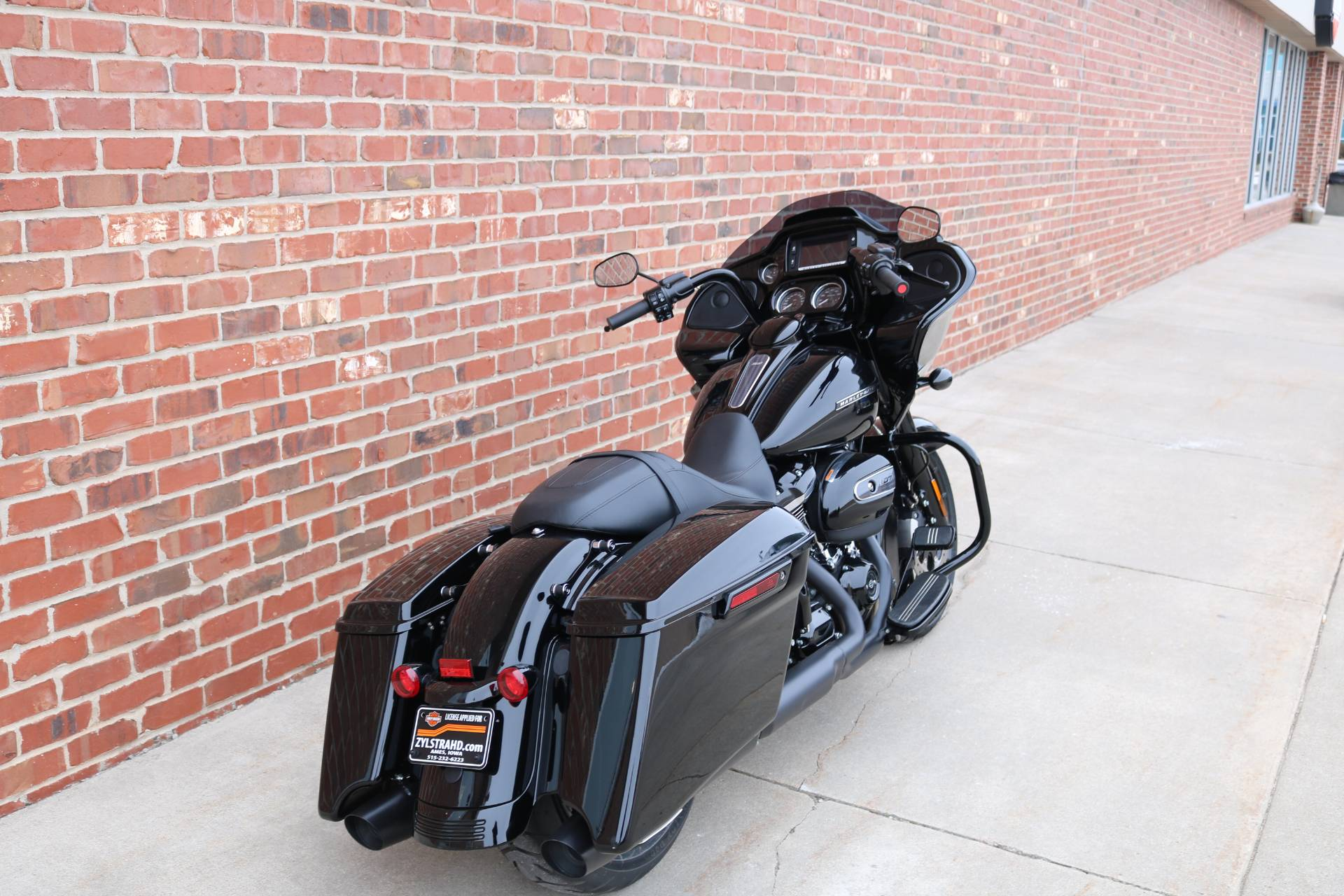 2018 Harley-Davidson Road Glide® Special in Ames, Iowa - Photo 4