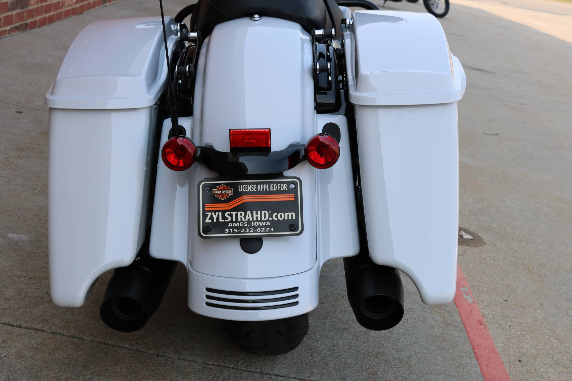 2020 Harley-Davidson Street Glide® Special in Ames, Iowa - Photo 17