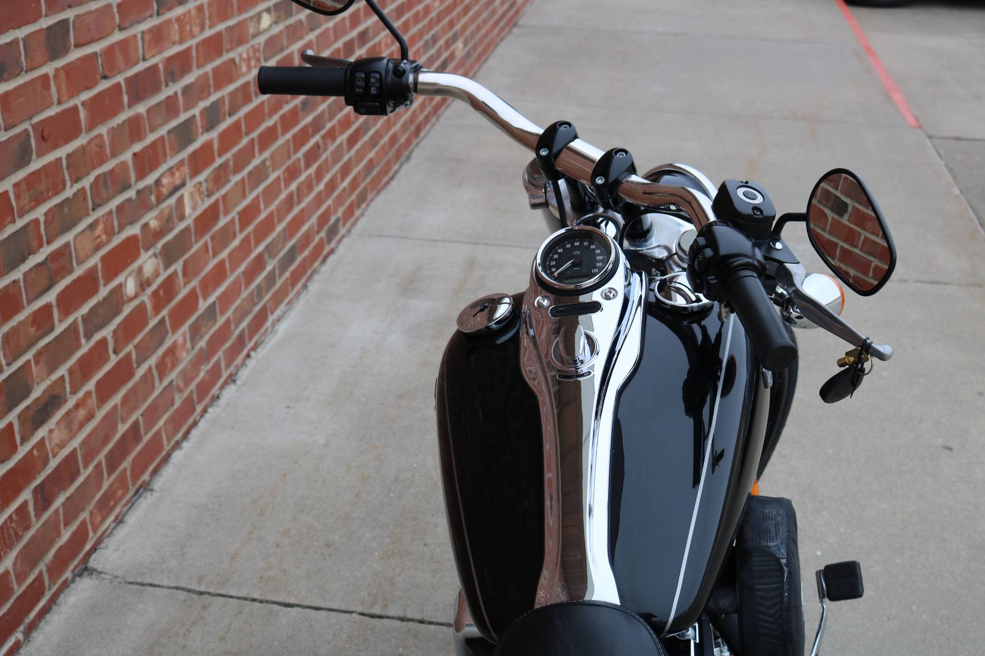 2016 Harley-Davidson Wide Glide® in Ames, Iowa