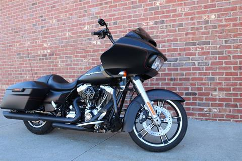 2015 Harley-Davidson Road Glide® Special in Ames, Iowa - Photo 3