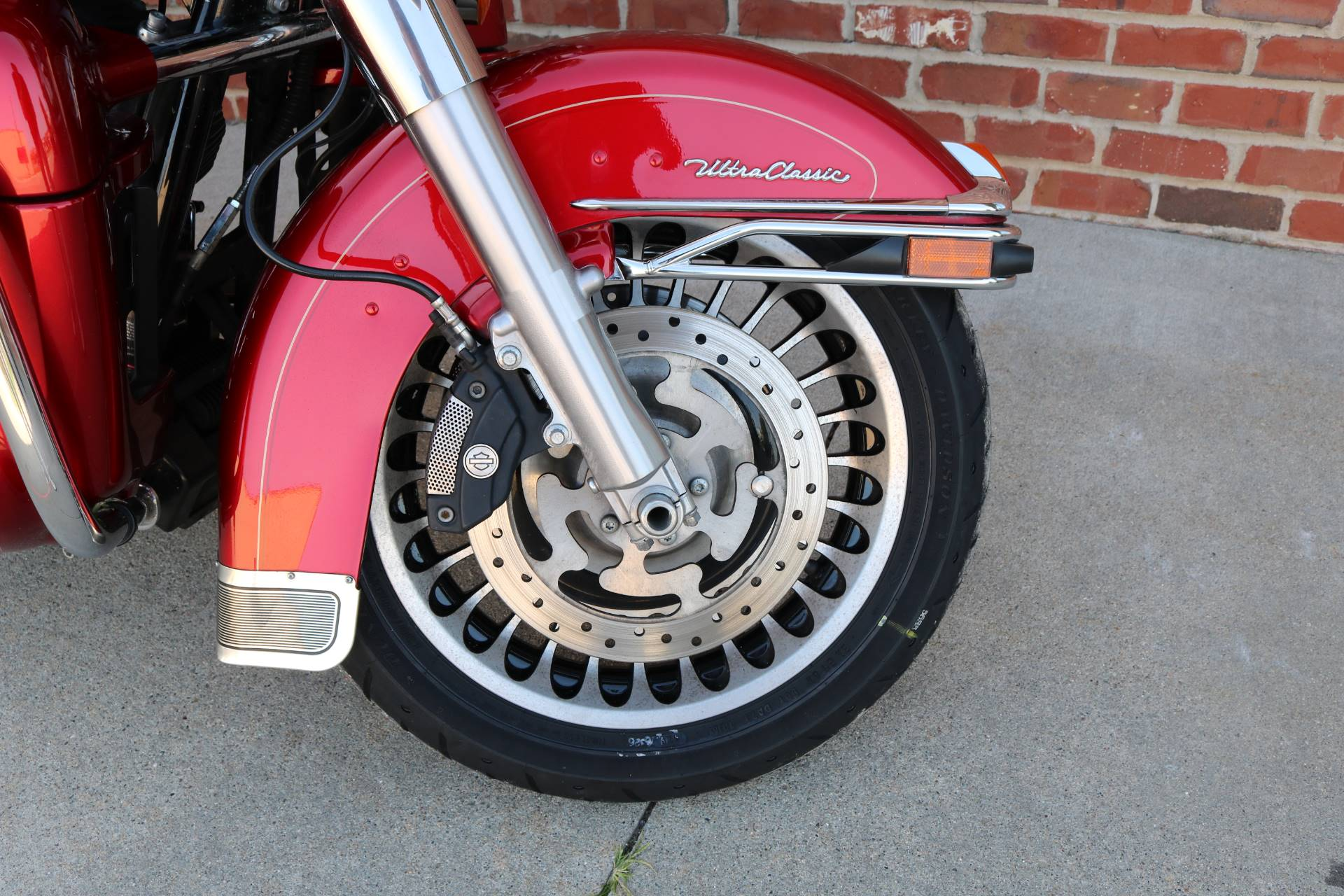 2013 Harley-Davidson Ultra Classic® Electra Glide® in Ames, Iowa - Photo 3