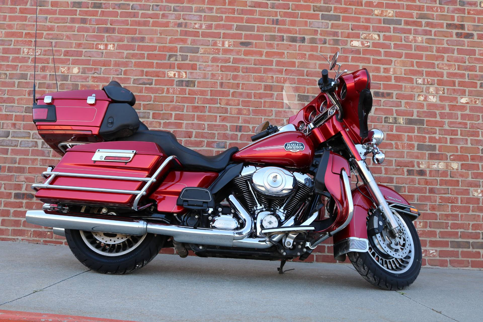 2013 Harley-Davidson Ultra Classic® Electra Glide® in Ames, Iowa - Photo 1