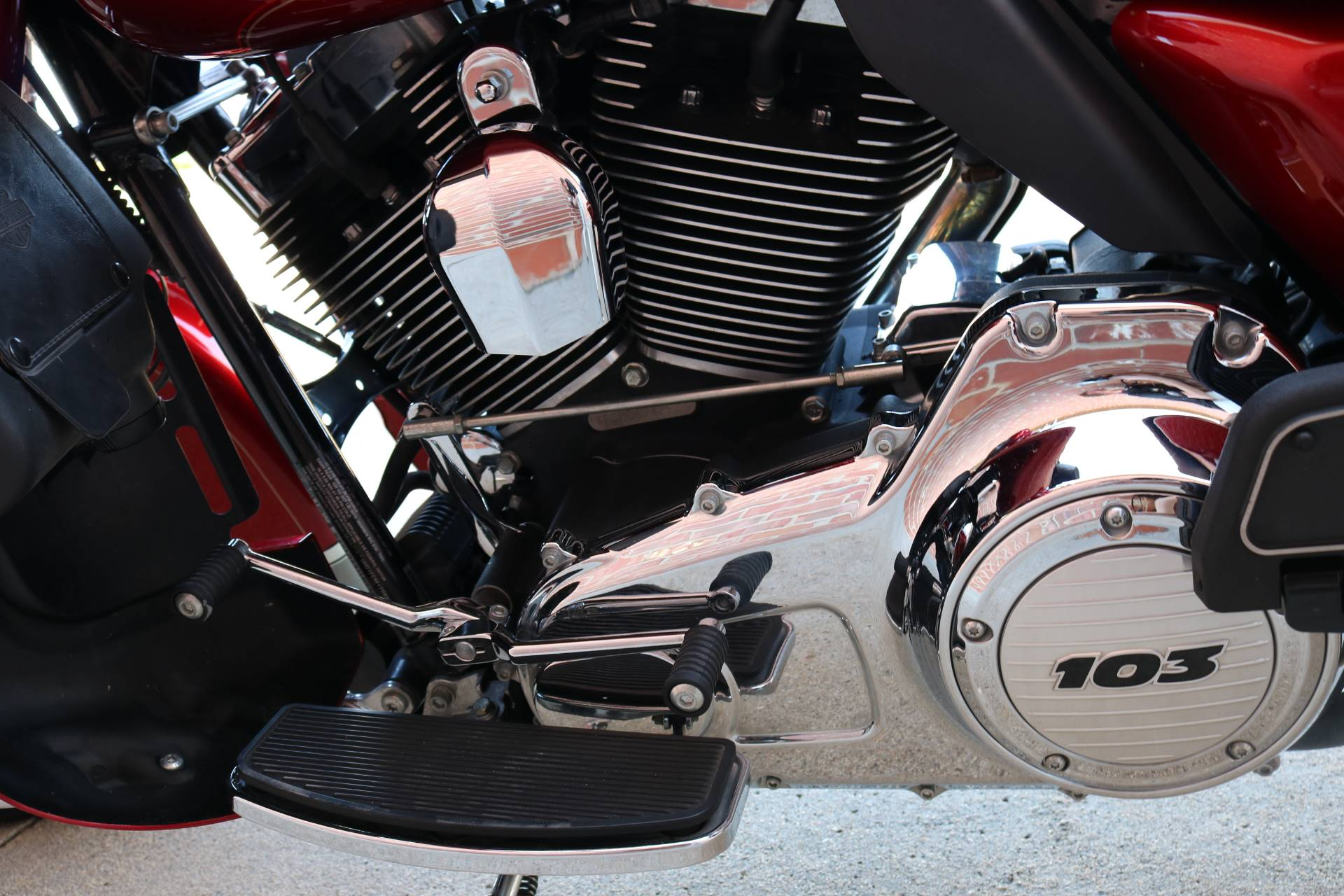 2013 Harley-Davidson Ultra Classic® Electra Glide® in Ames, Iowa - Photo 9