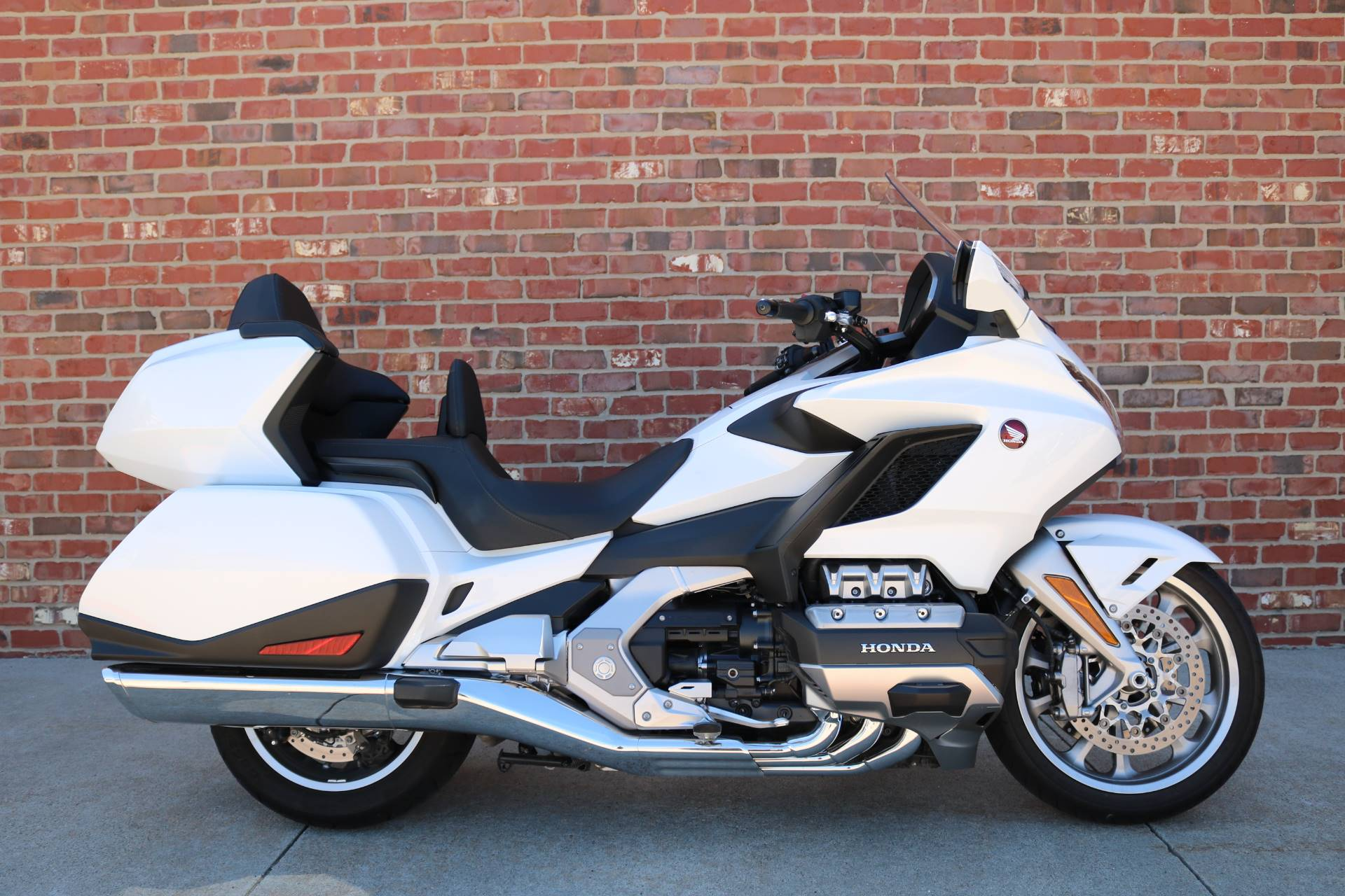 2018 Honda Gold Wing Tour Automatic DCT in Ames, Iowa - Photo 1