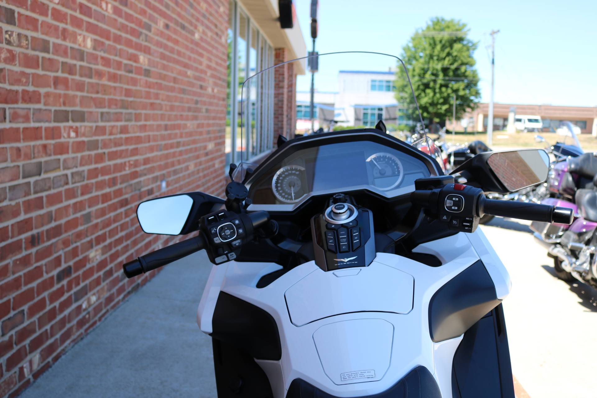 2018 Honda Gold Wing Tour Automatic DCT in Ames, Iowa - Photo 6