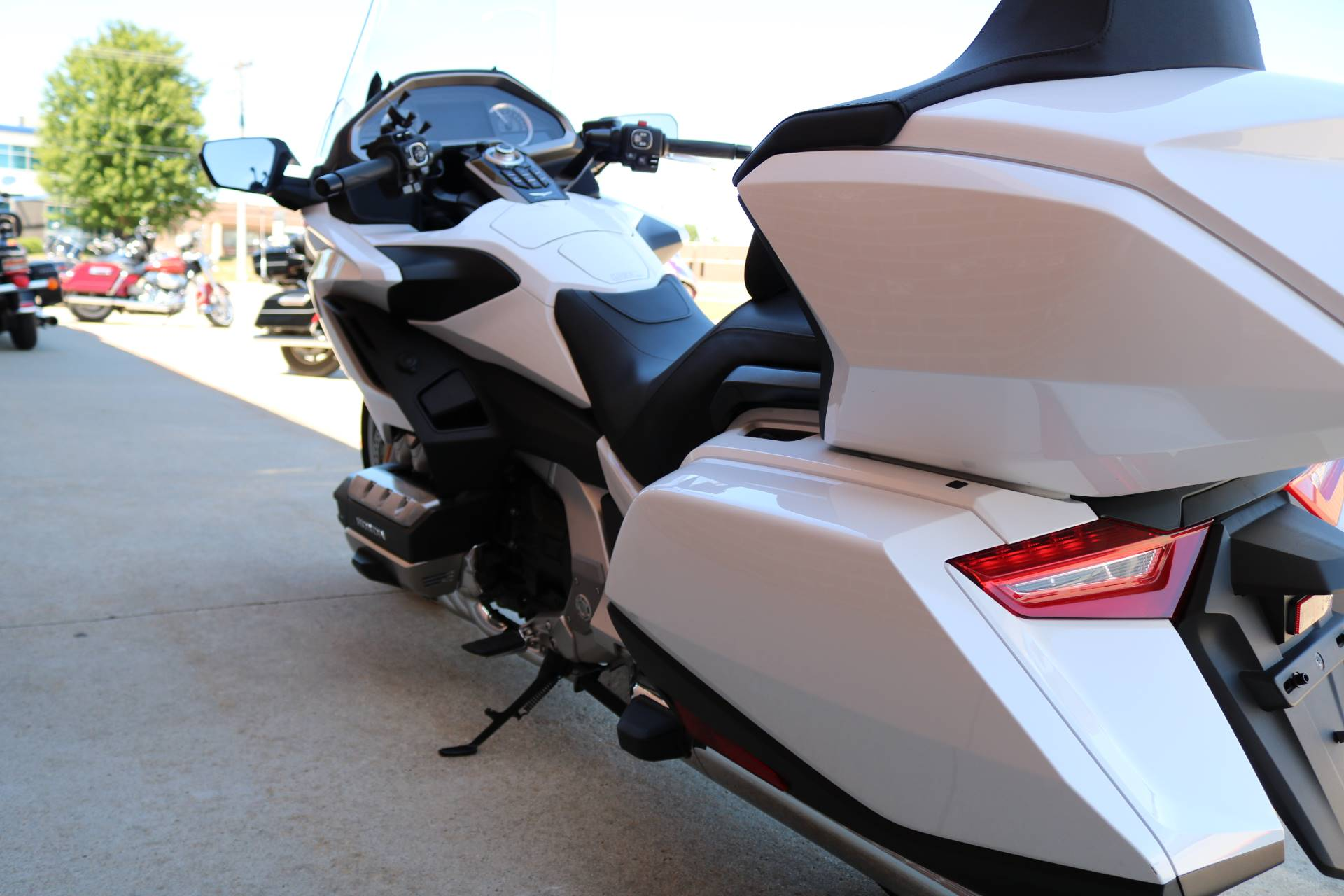 2018 Honda Gold Wing Tour Automatic DCT in Ames, Iowa - Photo 10