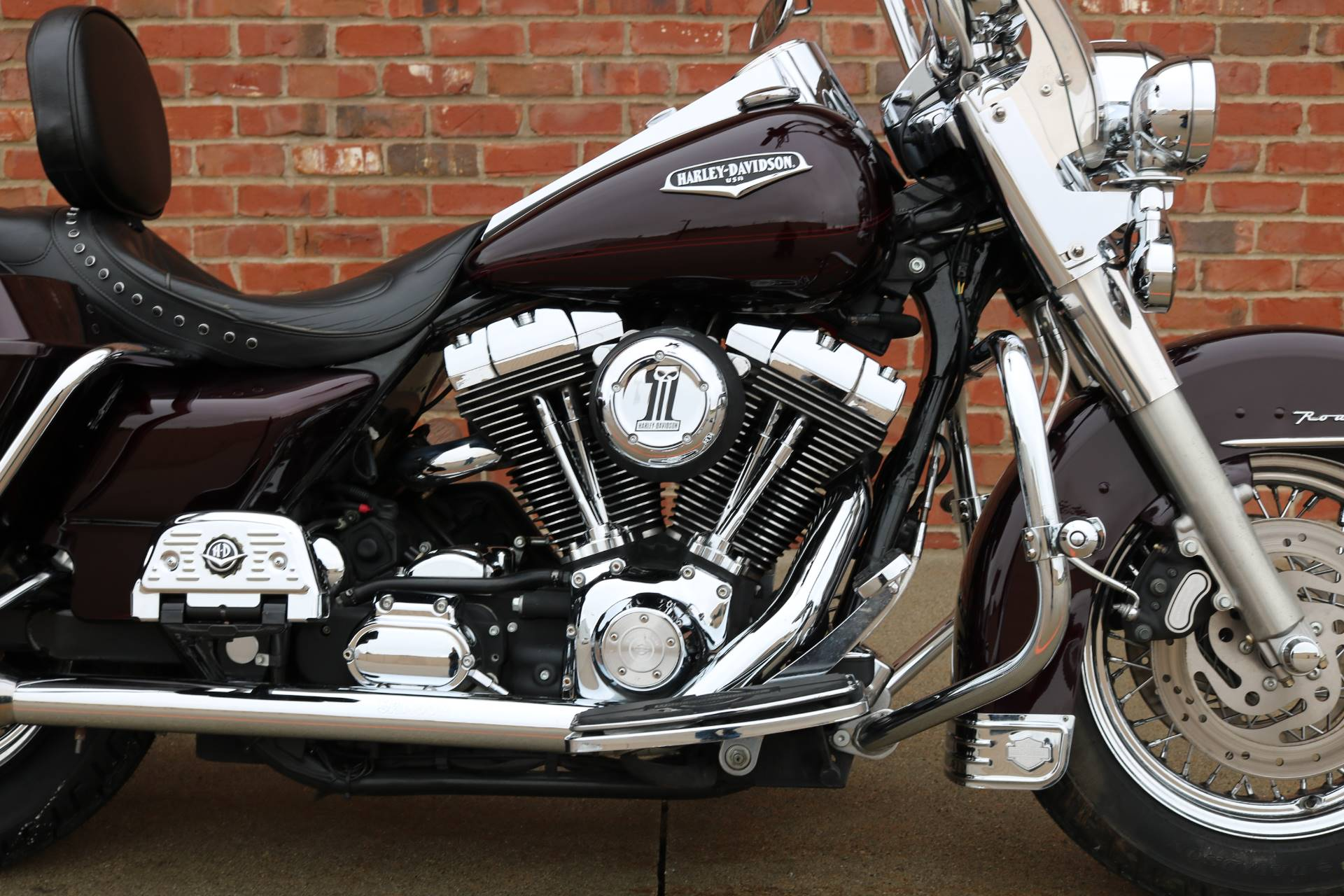 Used 2005 Harley Davidson Flhrci Road King Classic Motorcycles In Ames Ia Uhd615519 Black Cherry Pearl