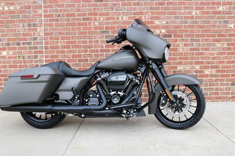 2019 Harley-Davidson Street Glide® Special in Ames, Iowa - Photo 3
