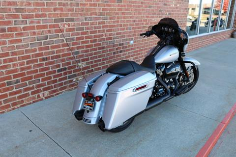2019 Harley-Davidson Street Glide® Special in Ames, Iowa - Photo 6