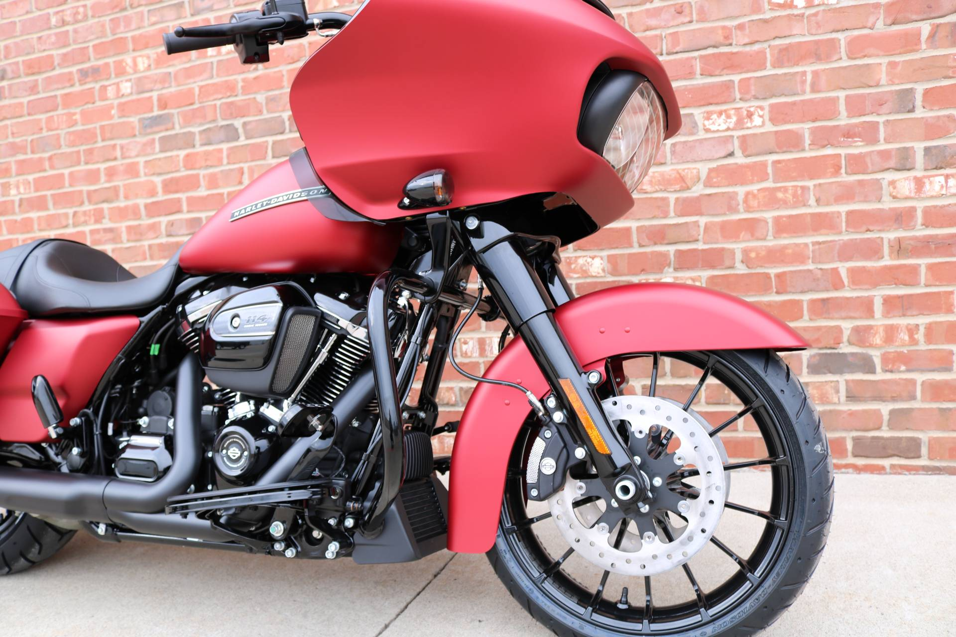 2019 Harley-Davidson Road Glide® Special in Ames, Iowa - Photo 2