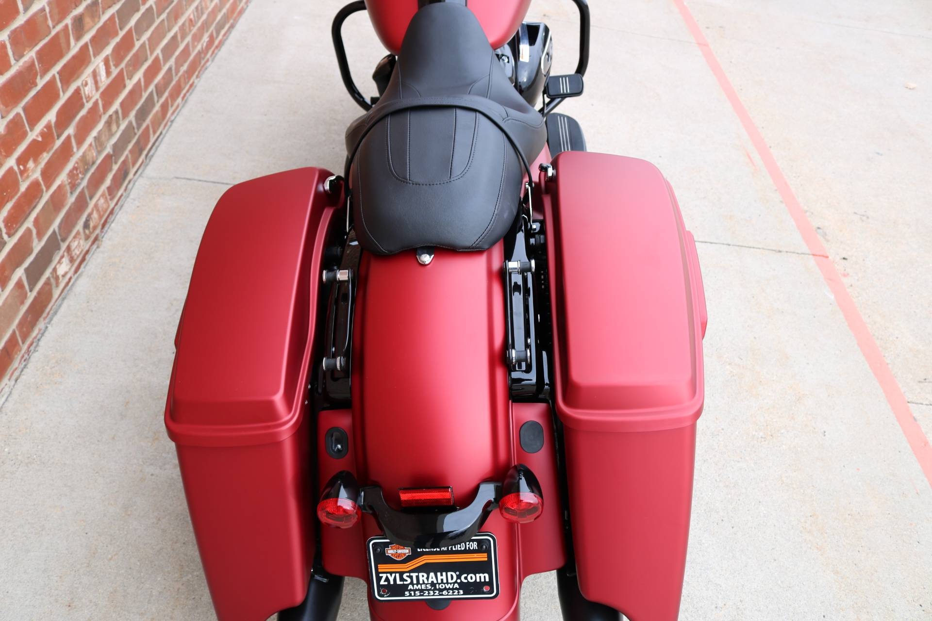2019 Harley-Davidson Road Glide® Special in Ames, Iowa - Photo 8