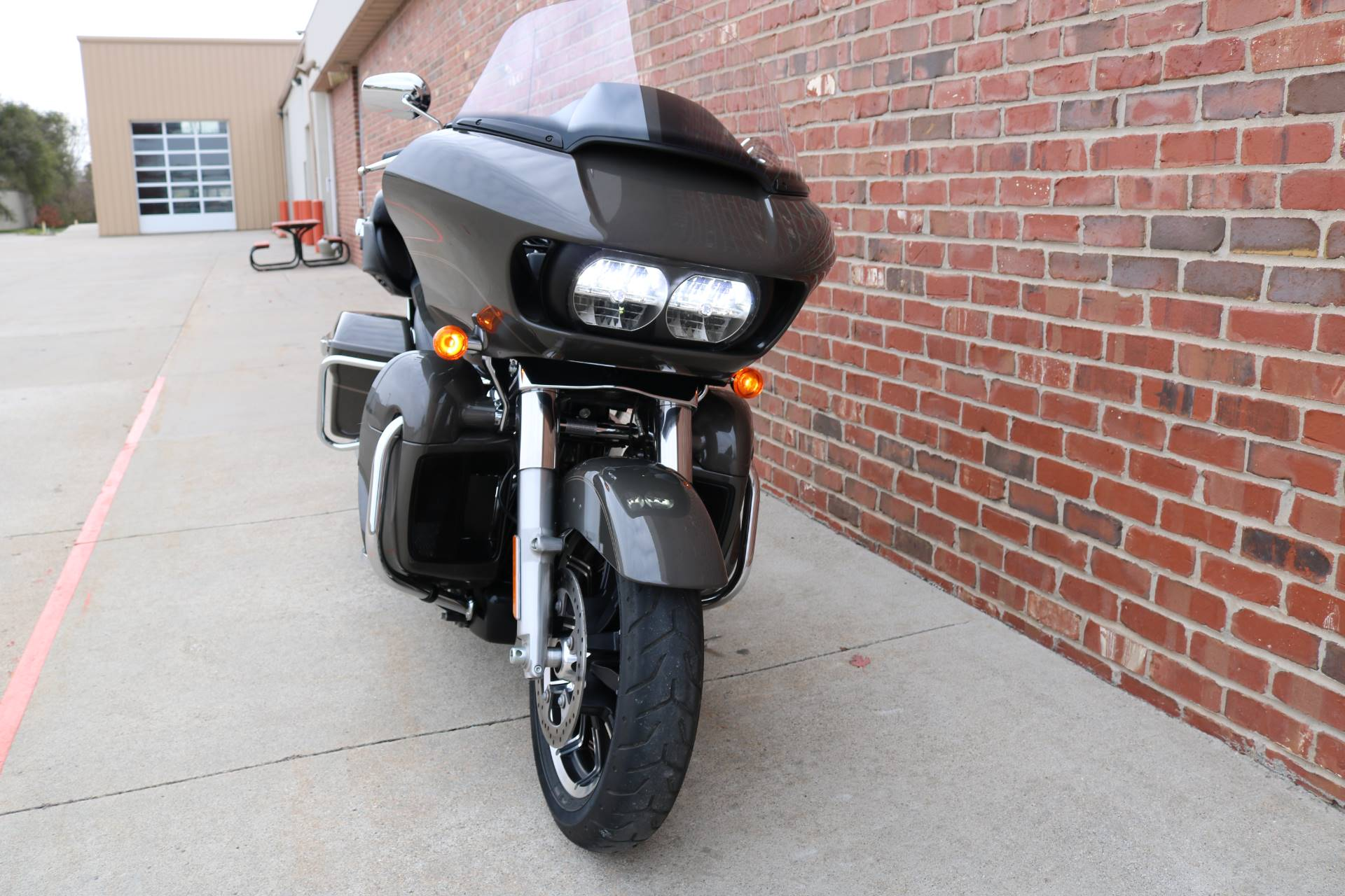 2018 Harley-Davidson Road Glide® Ultra in Ames, Iowa - Photo 4