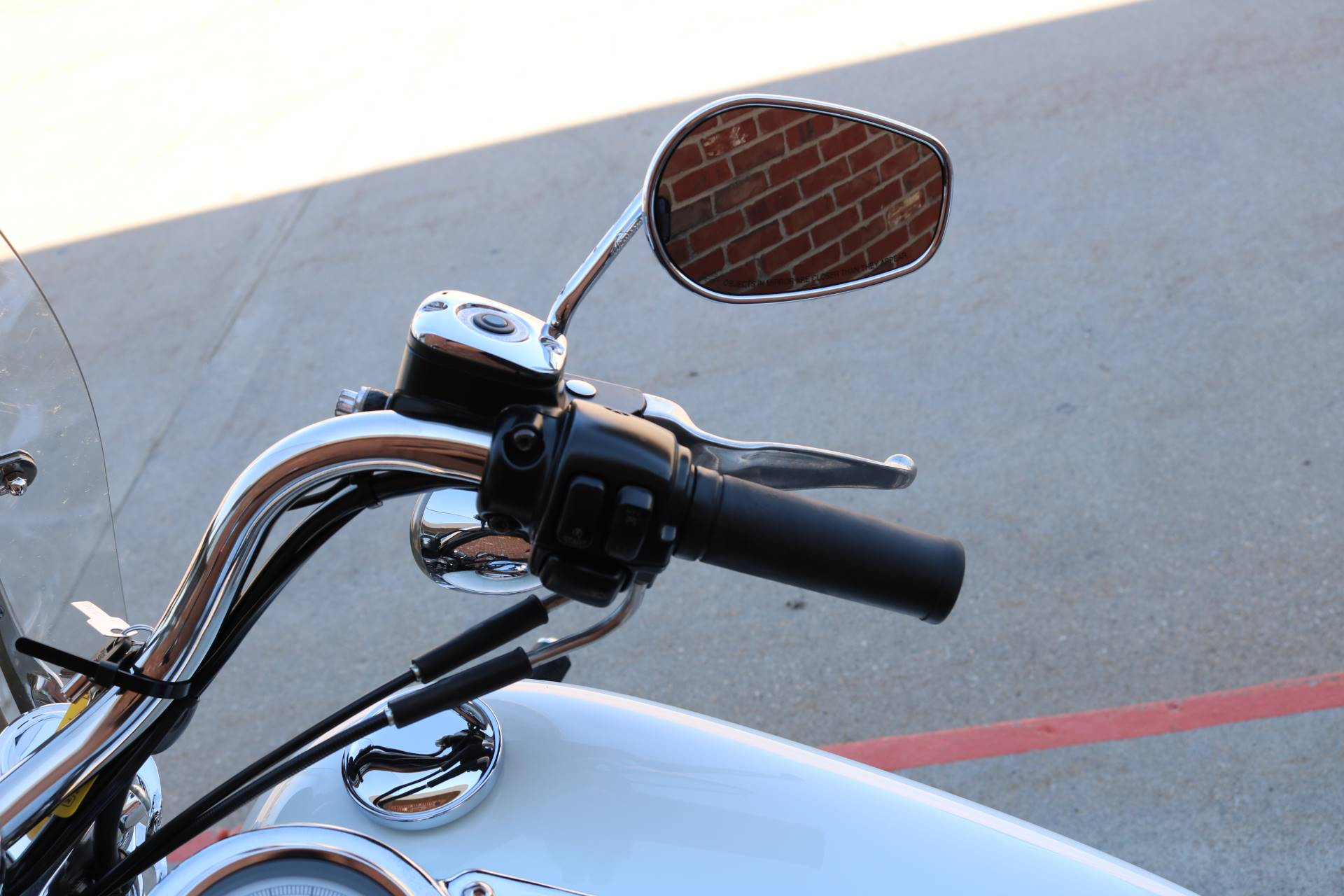 2006 Harley-Davidson 35th Anniversary Super Glide® in Ames, Iowa - Photo 12