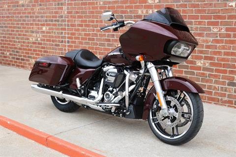 2019 Harley-Davidson Road Glide® in Ames, Iowa - Photo 2