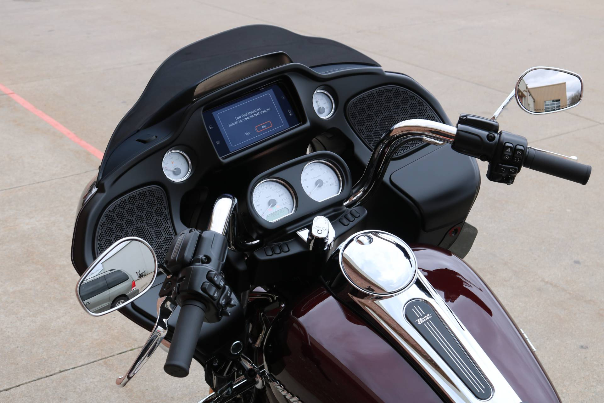 2019 Harley-Davidson Road Glide® in Ames, Iowa - Photo 6