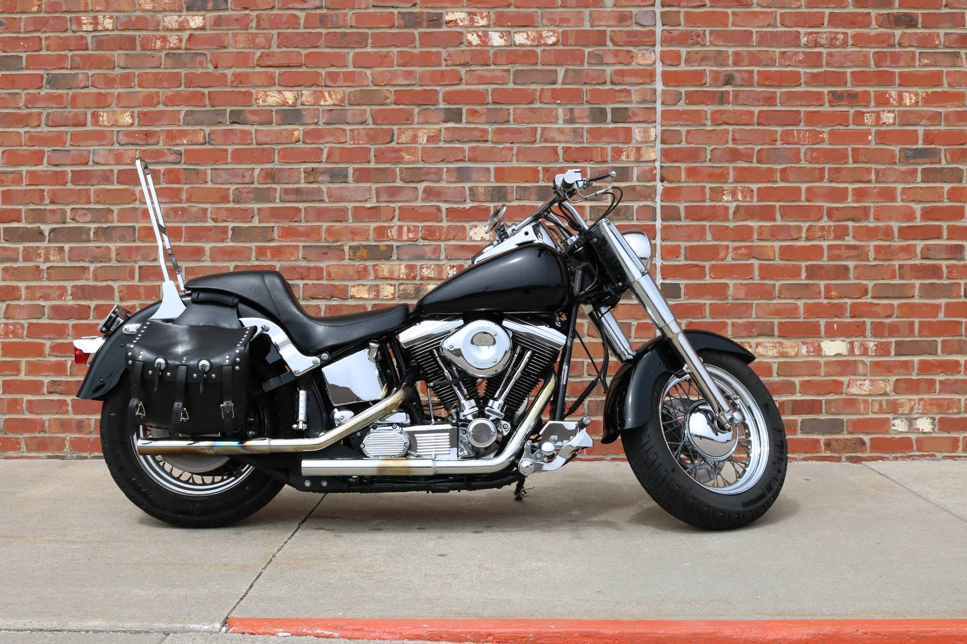 1992 Harley-Davidson FLHTC in Ames, Iowa - Photo 2