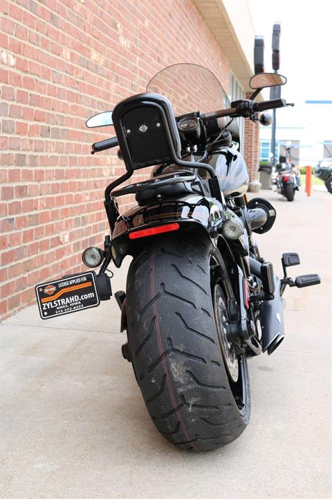 2016 Harley-Davidson CVO™ Pro Street Breakout® in Ames, Iowa - Photo 10