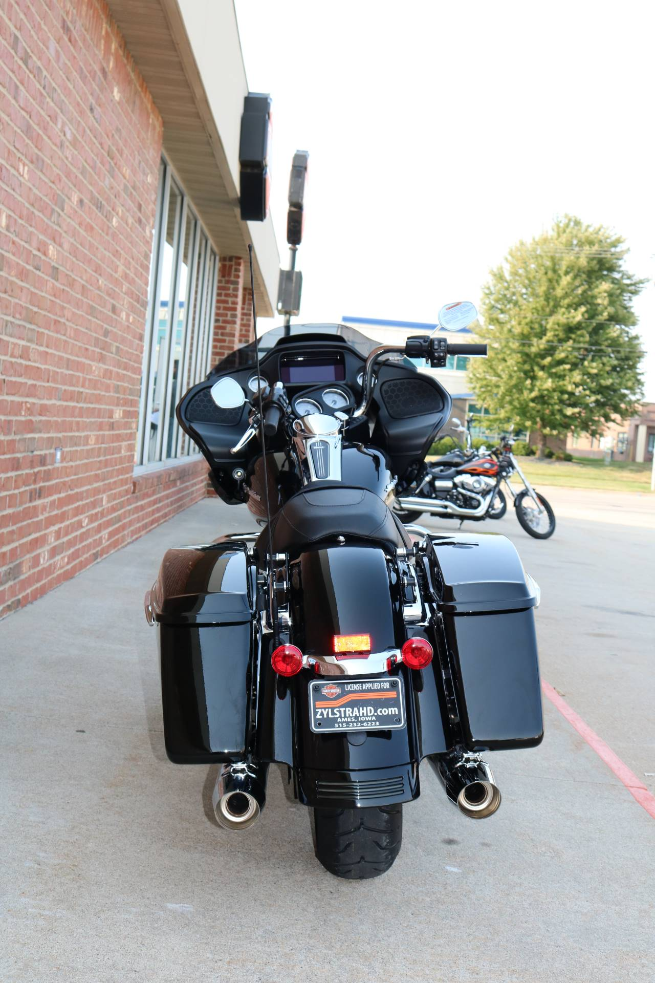 2020 Harley-Davidson Road Glide® in Ames, Iowa - Photo 11