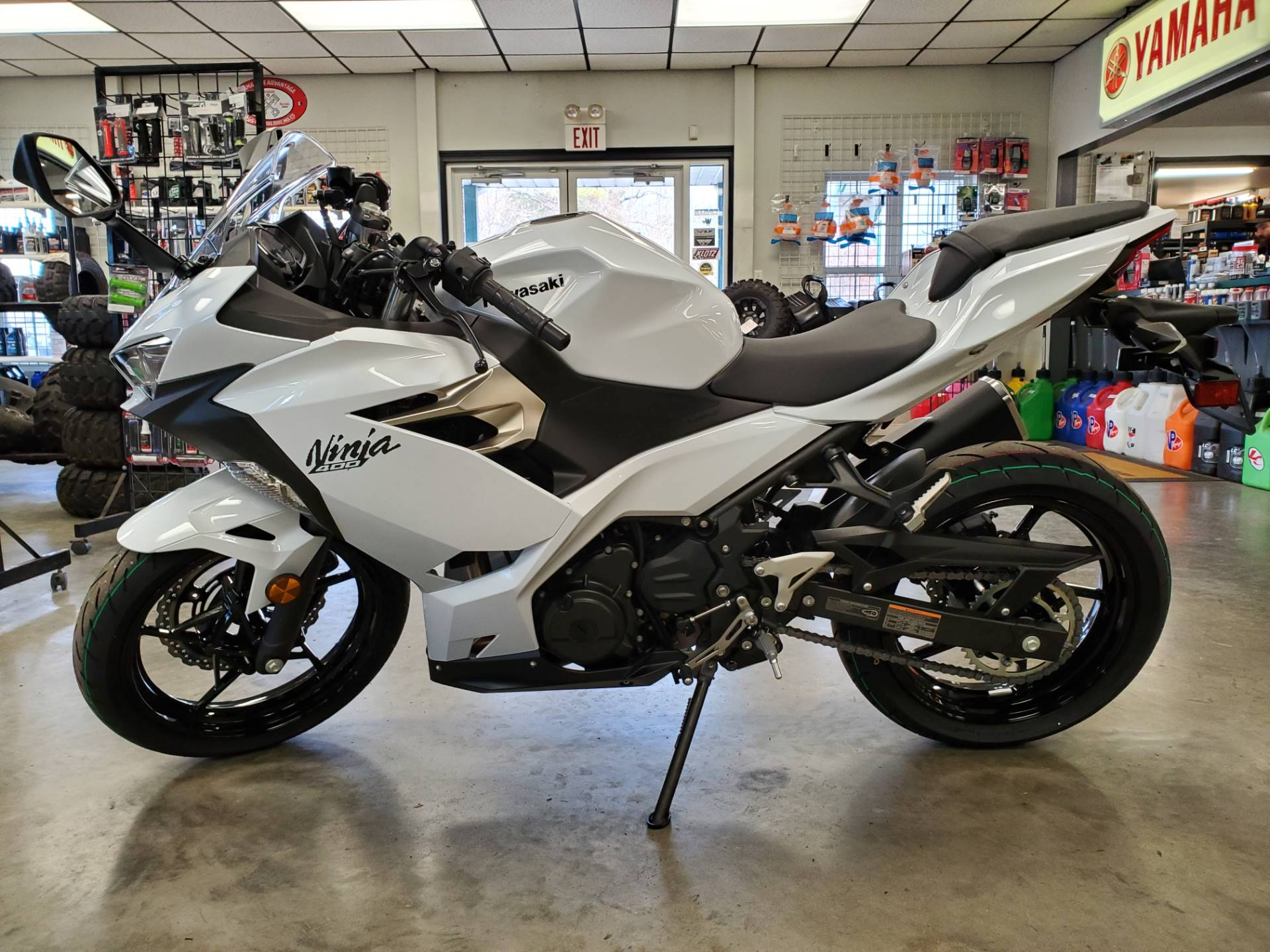 2020 Kawasaki Ninja 400 in Herrin, Illinois - Photo 8