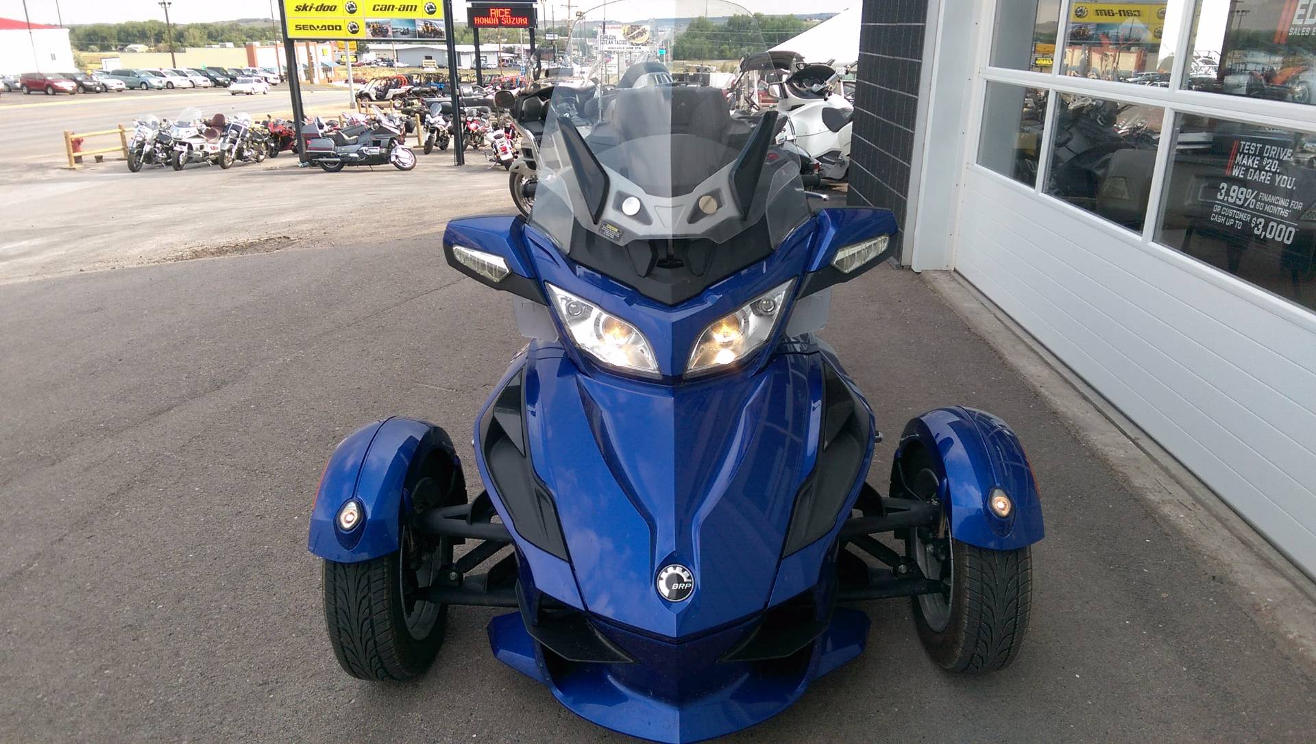 2012 Can-Am Spyder® RT Audio & Convenience SE5 in Rapid City, South Dakota