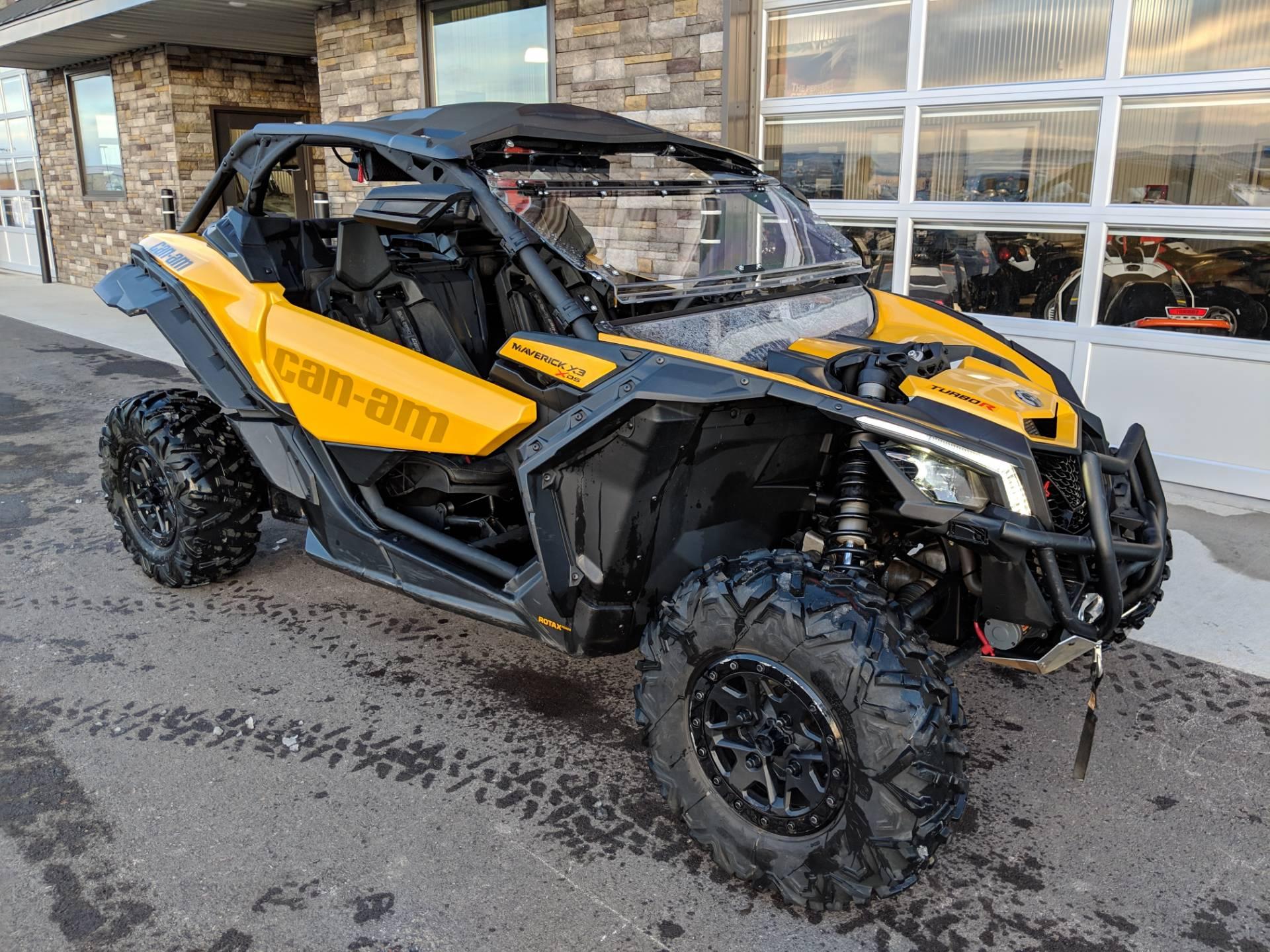 2017 Can-Am™ Maverick X3 X ds Turbo R 6