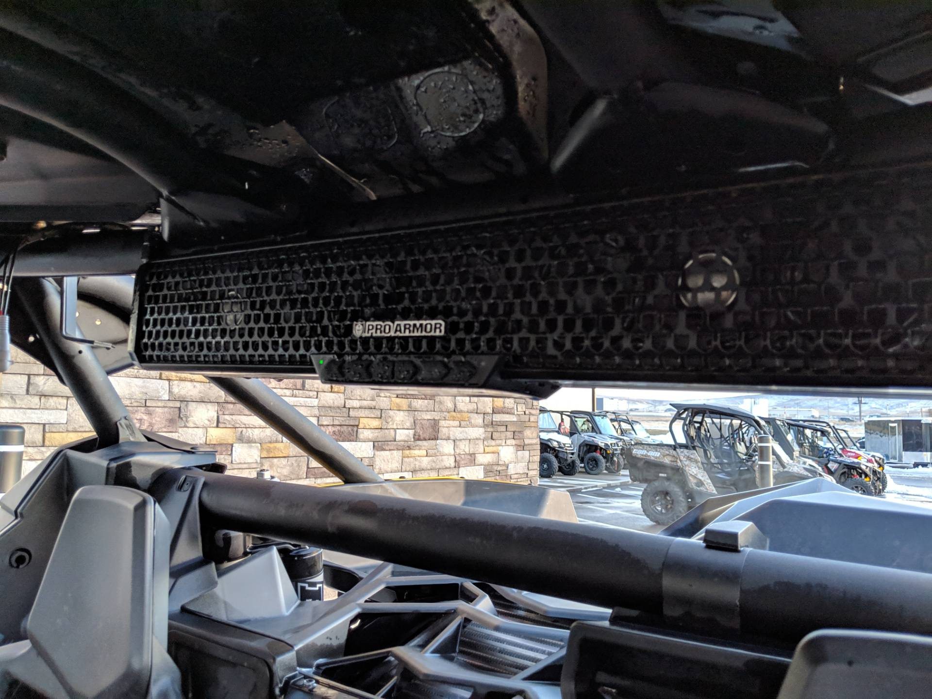 2017 Can-Am™ Maverick X3 X ds Turbo R 11