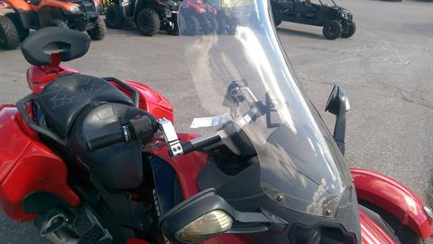 2009 Can-Am Spyder™ GS Roadster with SE5 Transmission (semi auto) in Rapid City, South Dakota