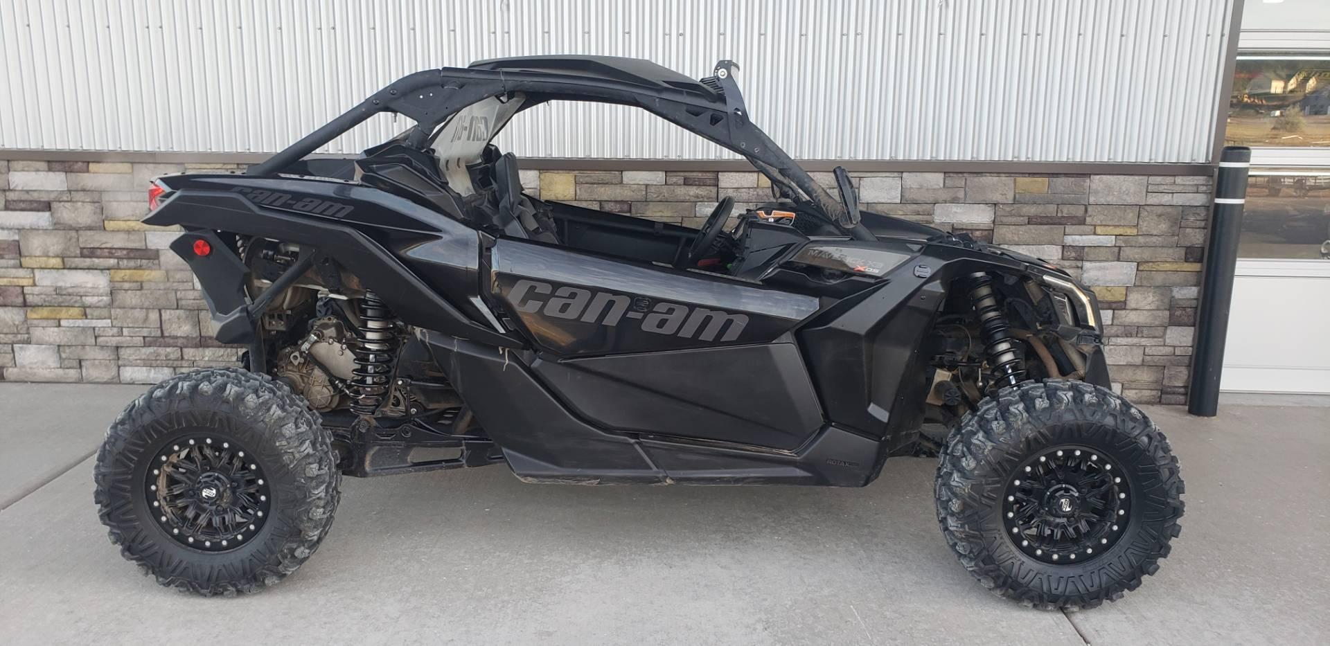 2017 Can-Am™ Maverick X3 X ds Turbo R 1