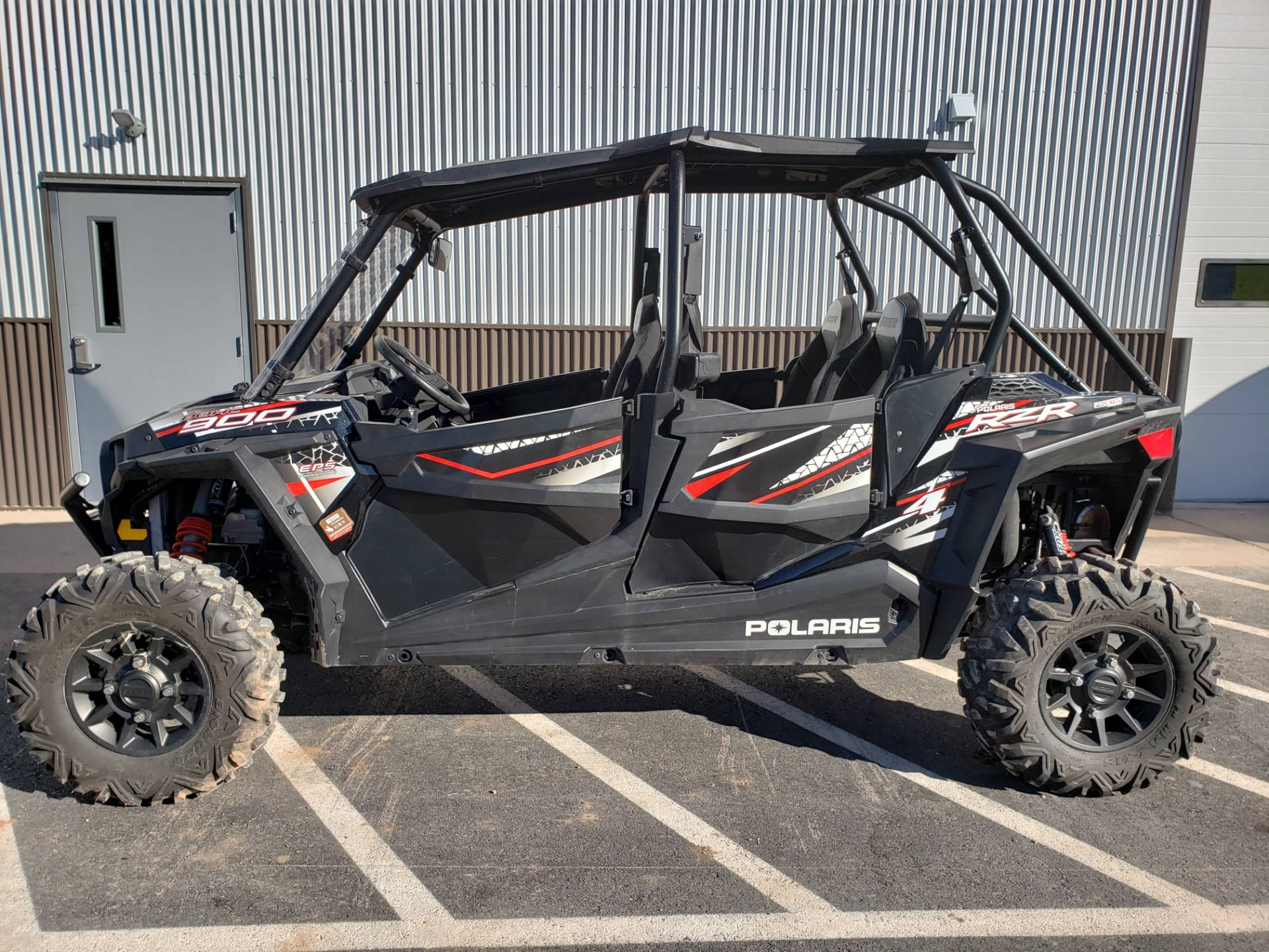 2017 Polaris RZR 4 900 EPS 1