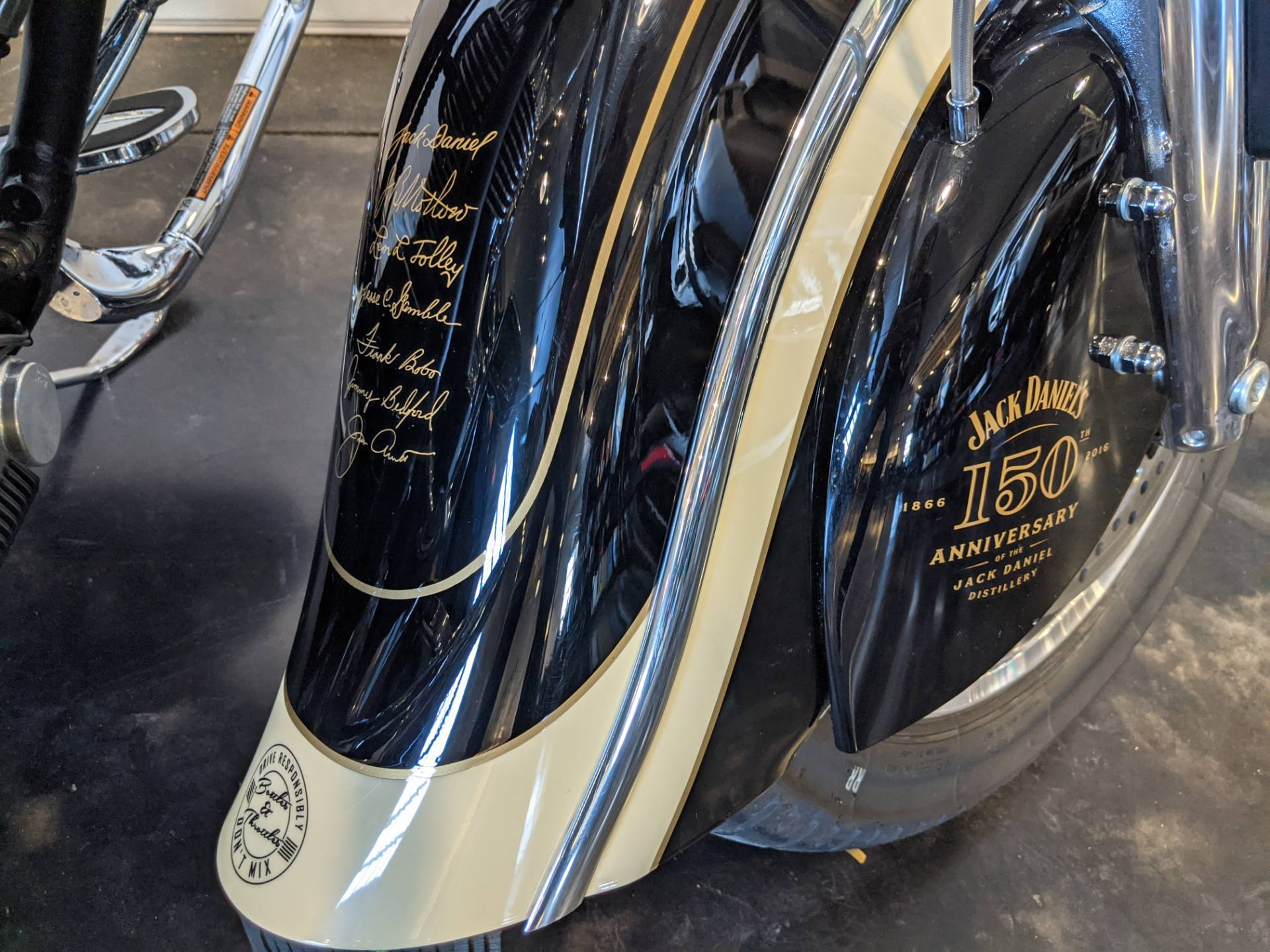 2016 Indian Springfield™ Jack Daniel's® Limited Edition in Rapid City, South Dakota - Photo 12