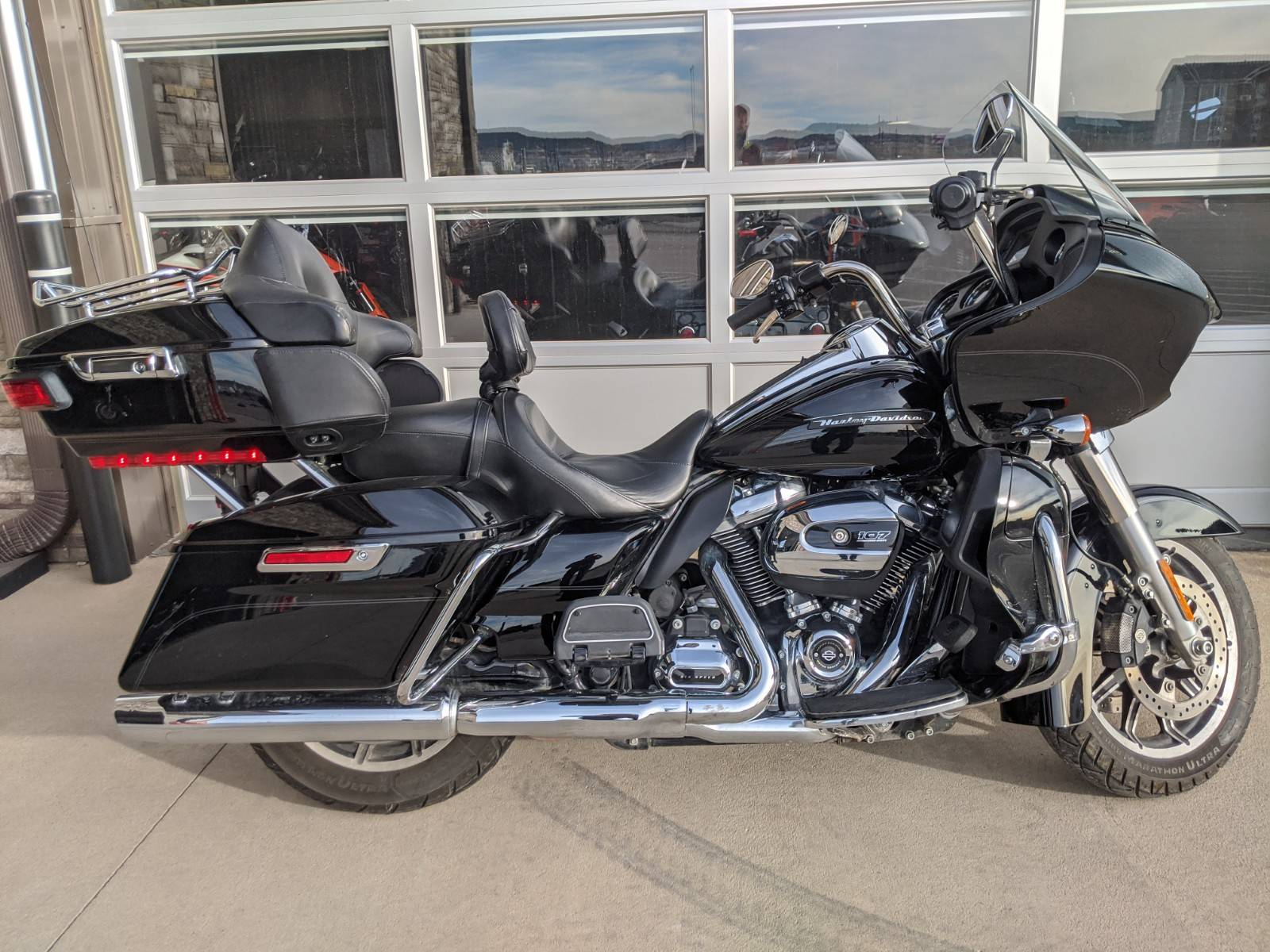 2018 Harley-Davidson Road Glide® Ultra in Rapid City, South Dakota - Photo 1