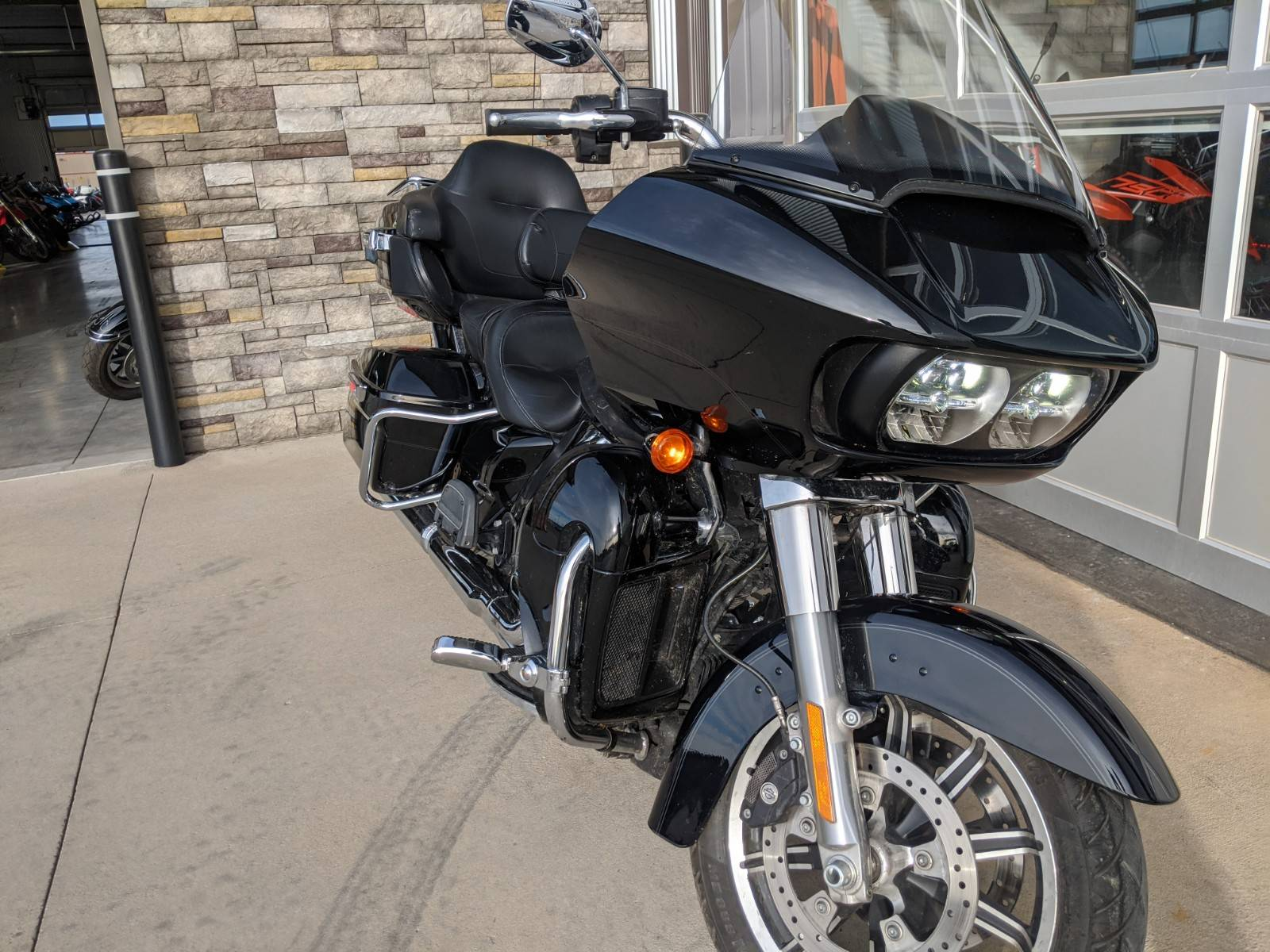 2018 Harley-Davidson Road Glide® Ultra in Rapid City, South Dakota - Photo 8
