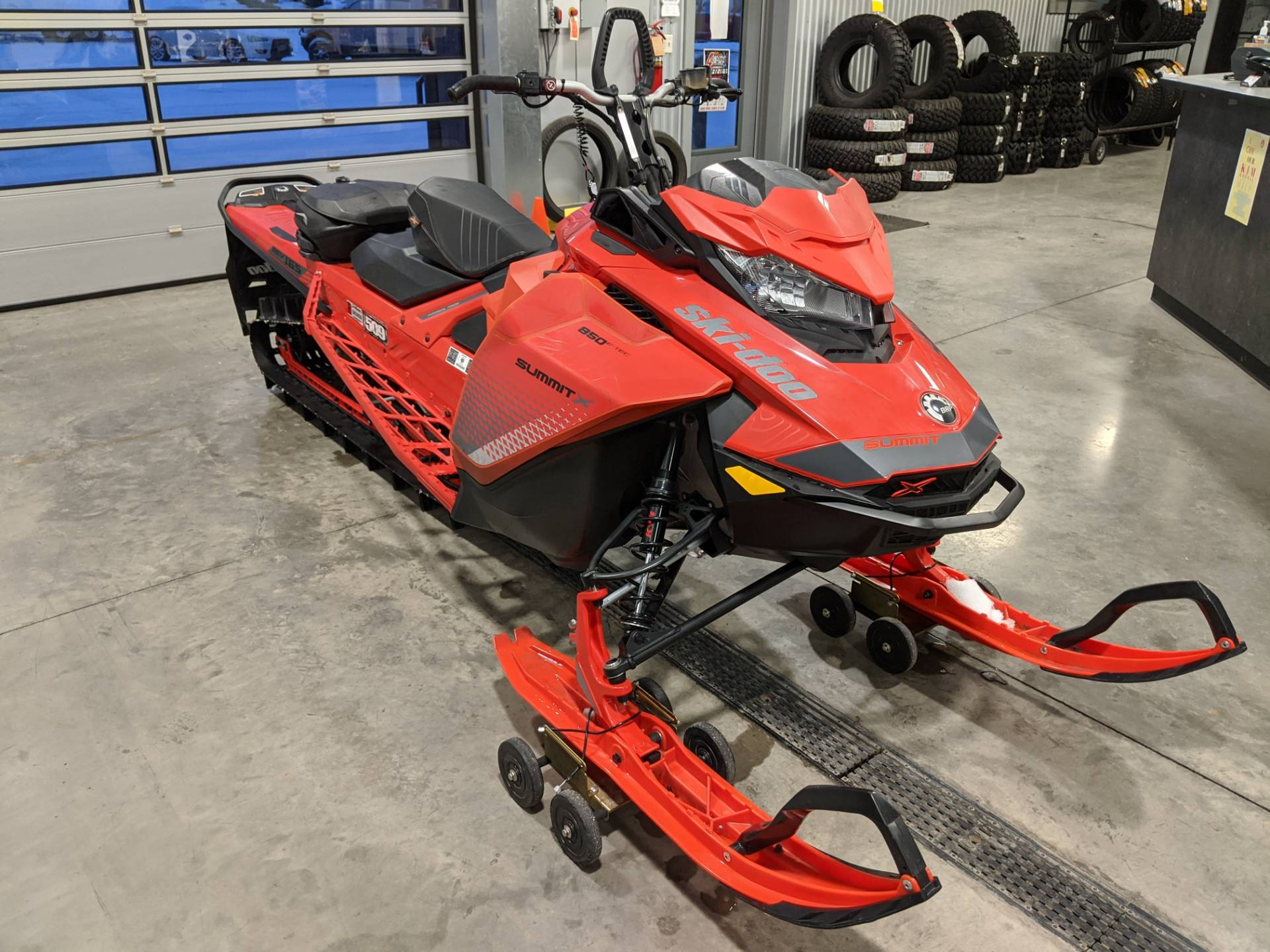 2019 Ski-Doo Summit X 165 850 E-TEC PowderMax Light 3.0 w/ FlexEdge SL in Rapid City, South Dakota - Photo 3