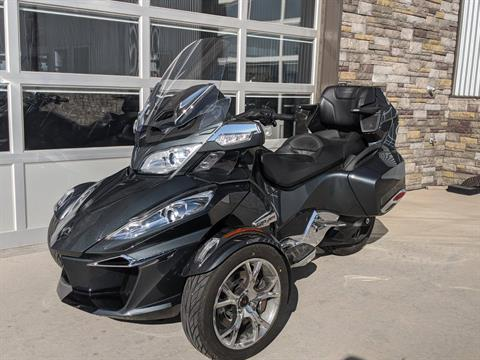 2019 Can-Am Spyder RT Limited in Rapid City, South Dakota - Photo 2