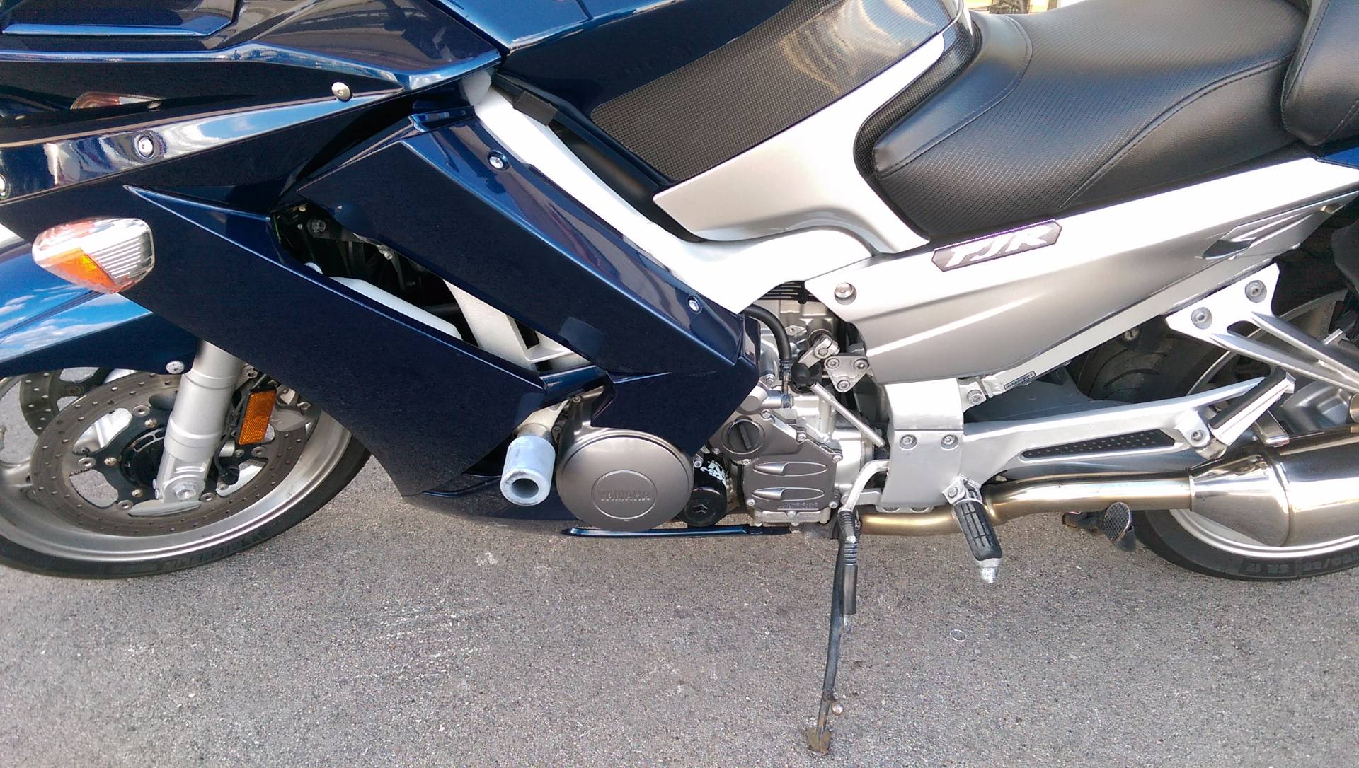 2006 Yamaha FJR 1300A 5