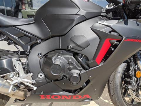 2017 Honda CBR1000RR ABS in Rapid City, South Dakota - Photo 5