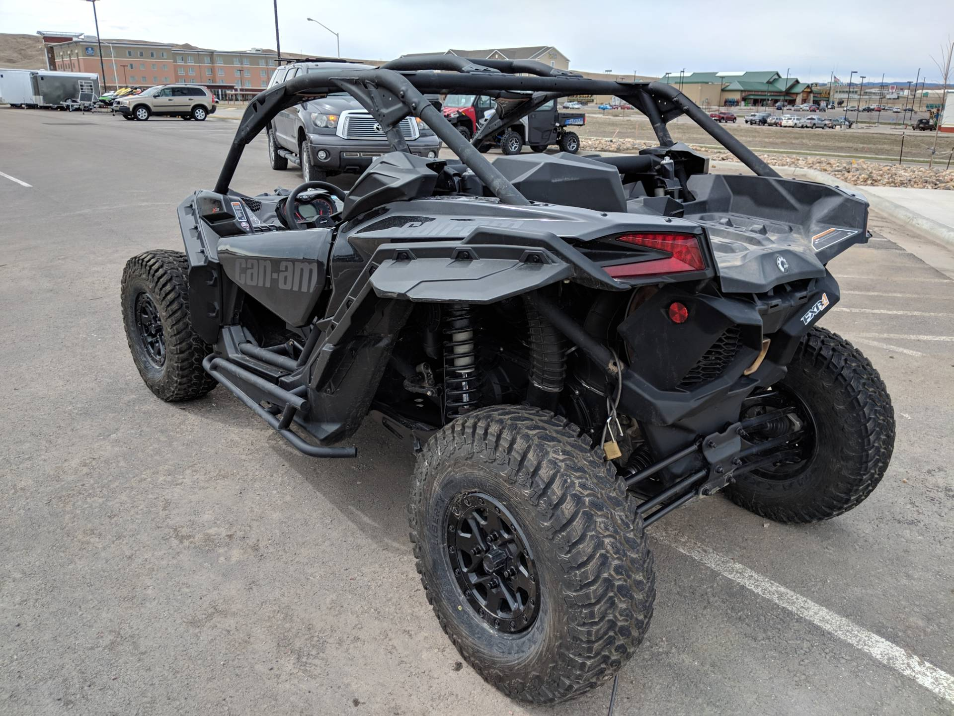 2018 Can-Am™ Maverick X3 X ds Turbo R 8