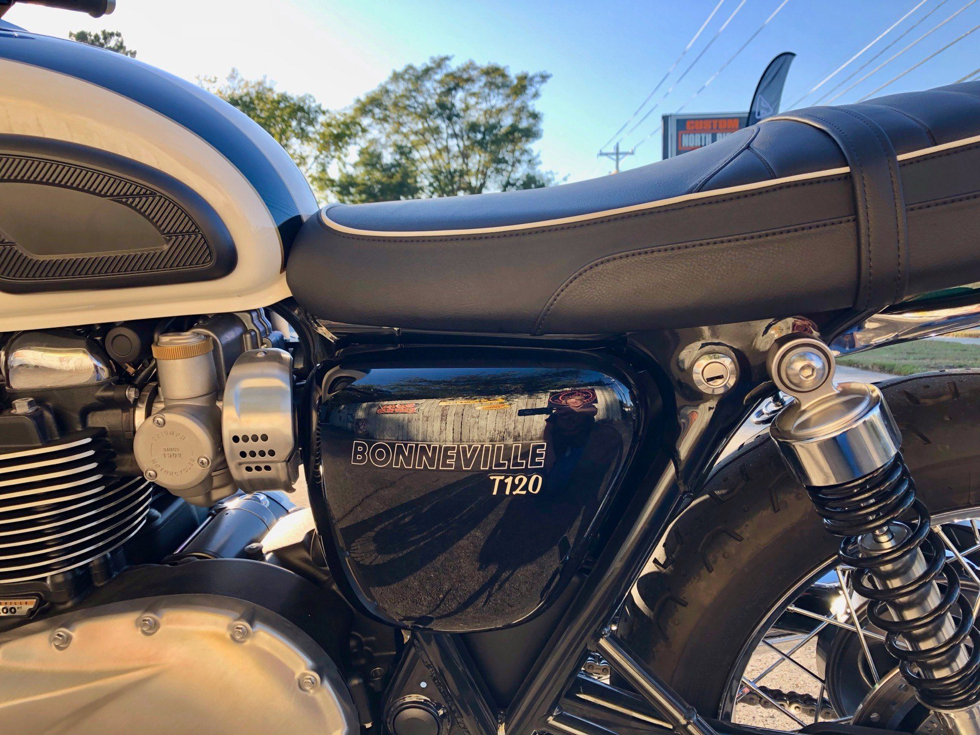 2018 Triumph Bonneville T120 in Charleston, South Carolina - Photo 4