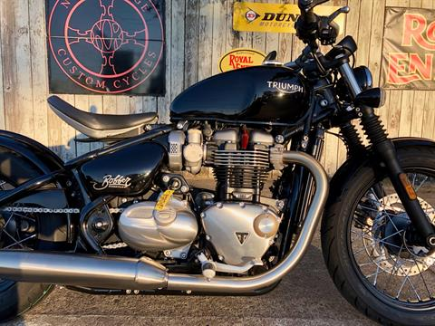 2018 Triumph Bonneville Bobber in Charleston, South Carolina - Photo 3