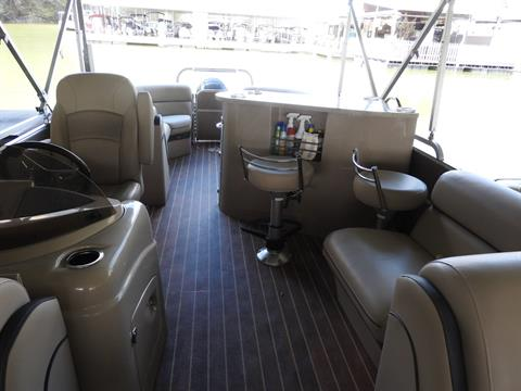 2015 South Bay 524 E in Harriman, Tennessee